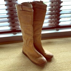 Frye boot Paige